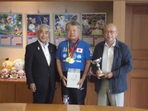 8月18日安居選手高岡市長優勝報告